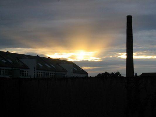 Strahlenkrone im Sonnenuntergang