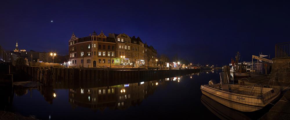 Stralsund - Seestraße bei Nacht