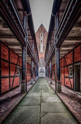 Stralsund...#02 - Blick zur Kirche