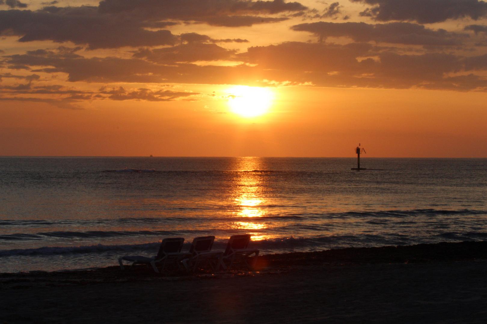 Strand bei Sonnenaufgang!