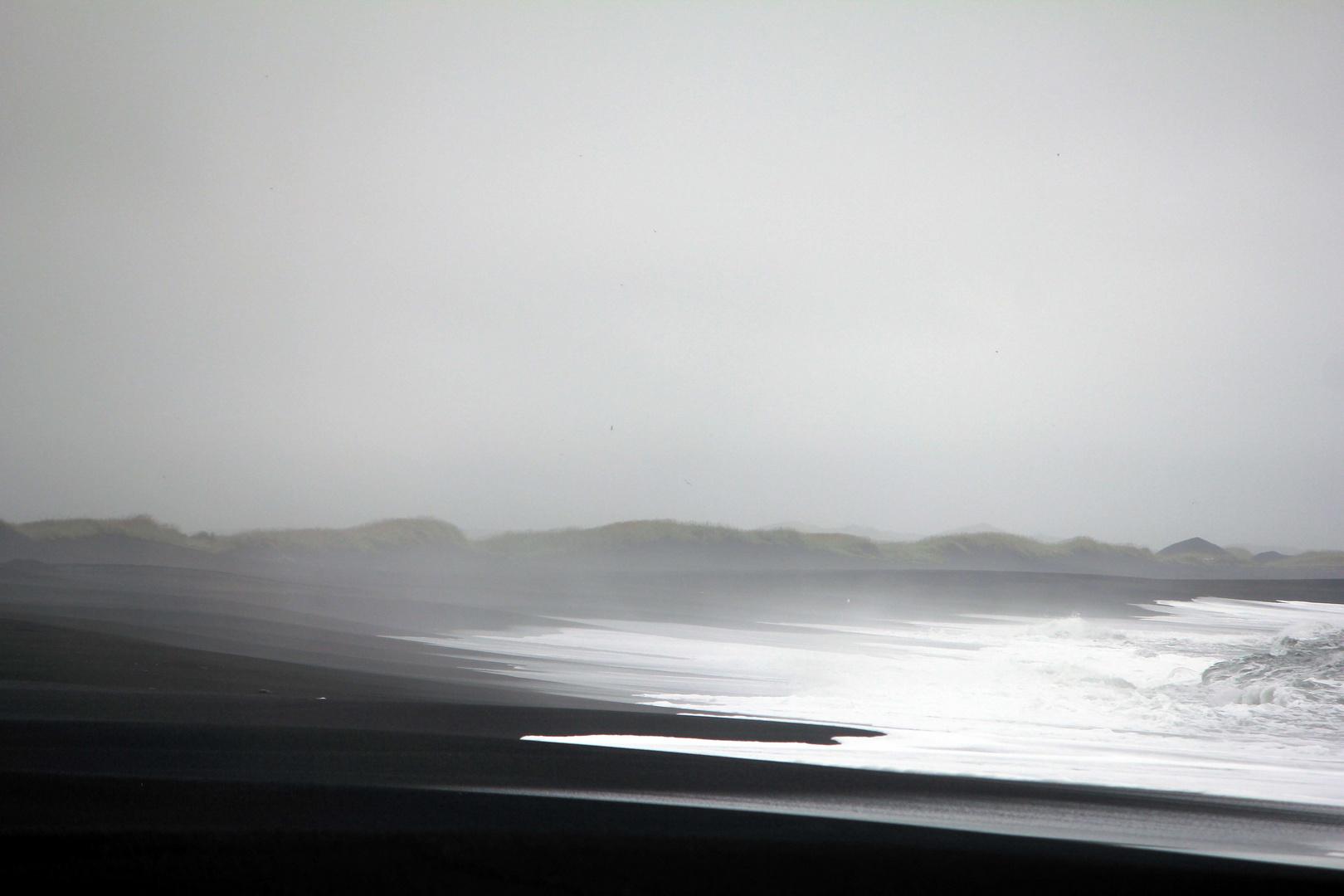 Strand bei Vík