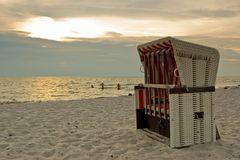 Strand läd zum Baden ein