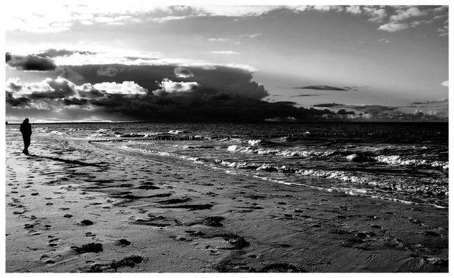 Strand und ich in grau