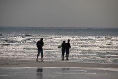 Strand und Wellen
