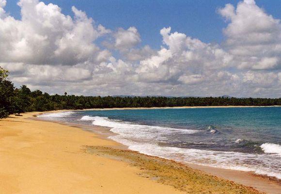Strand von Playa Esmeralda
