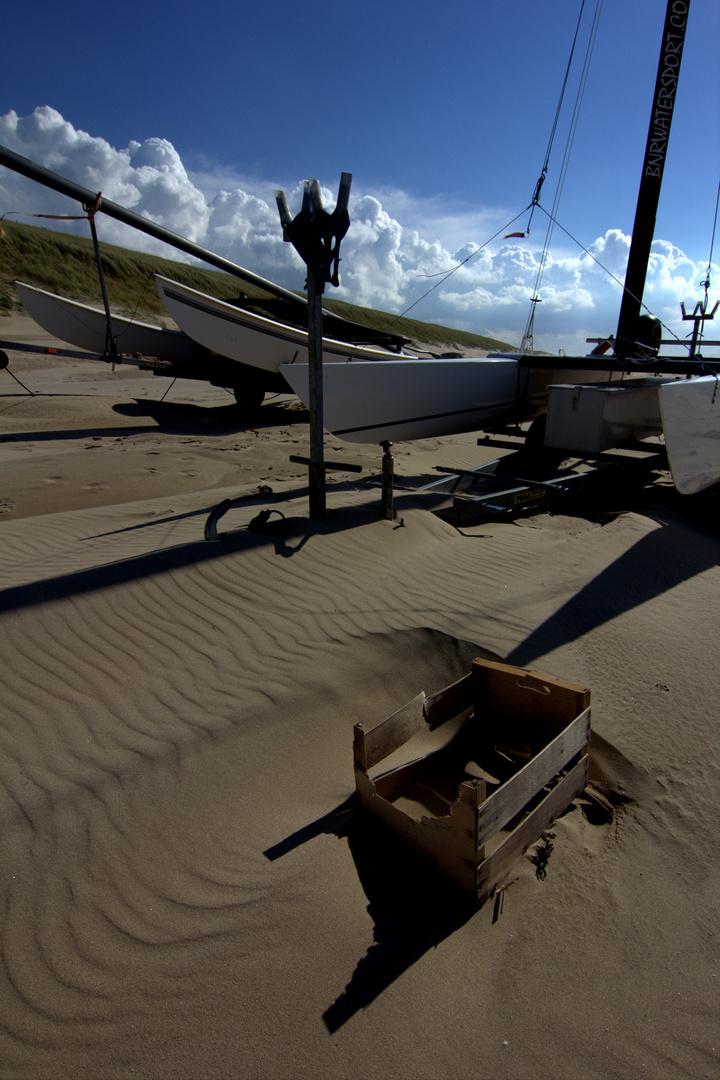 Strandgut mit Schatten...