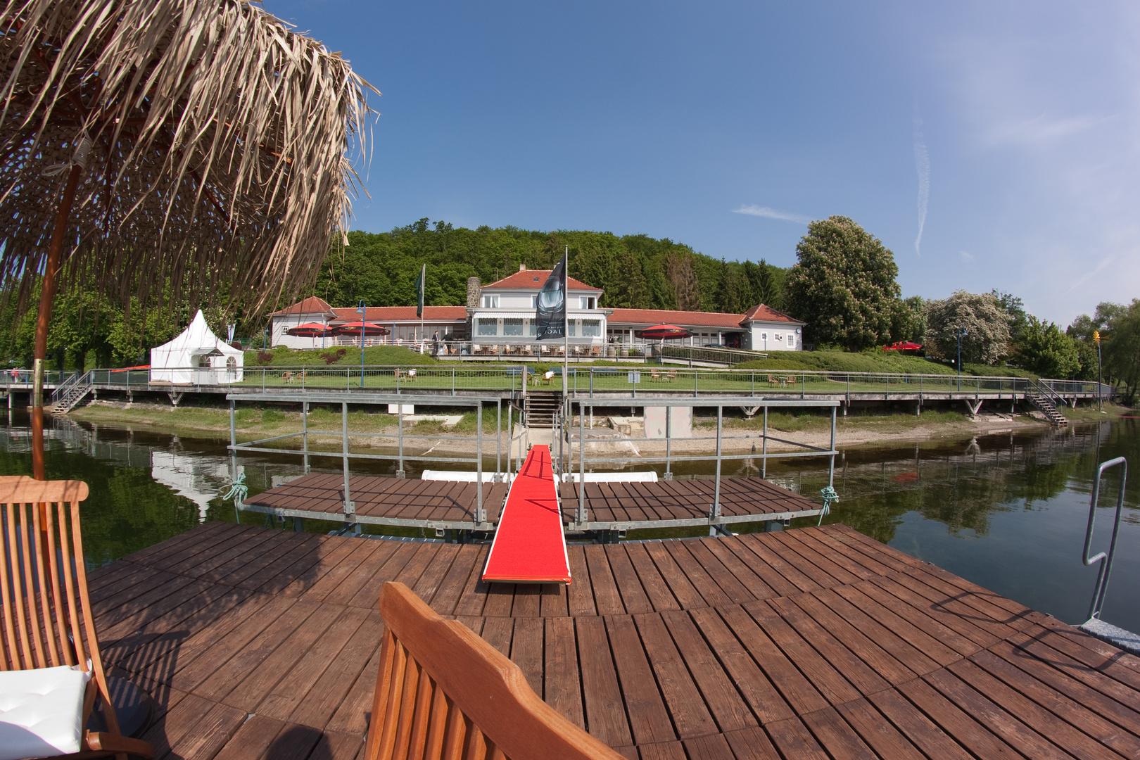 Strandhaus ex Badeanstalt am Edersee