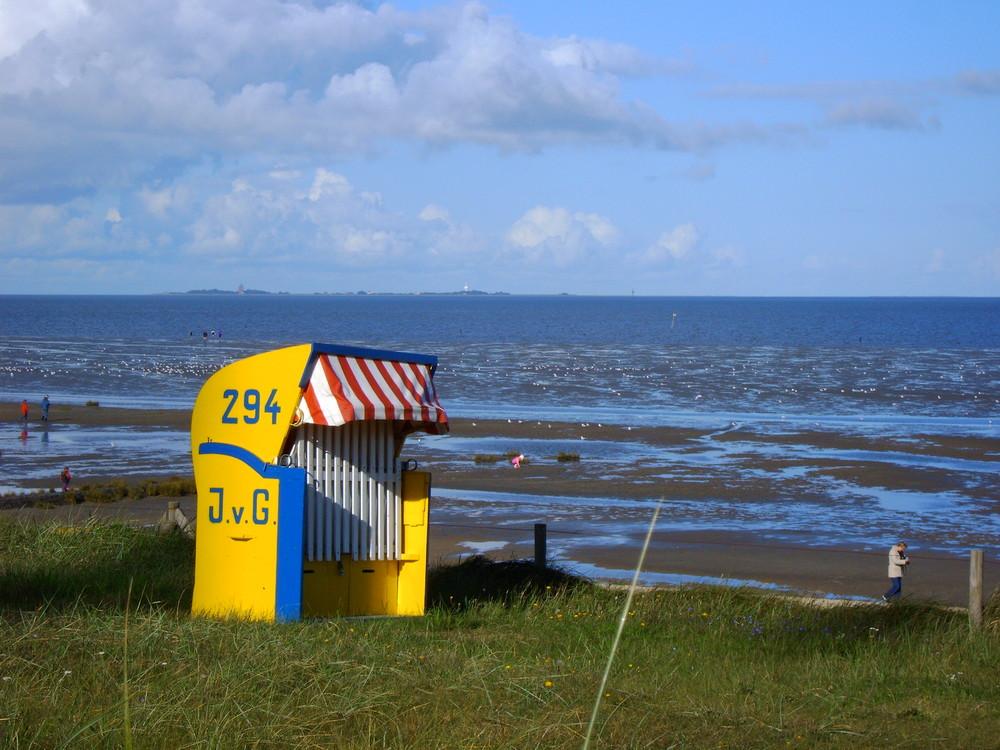 Strandkorb an der Nordsee bei Cuxhaven