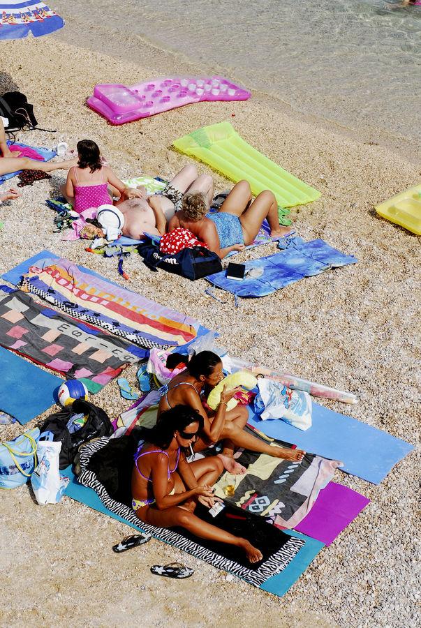 Strandleben in Baska