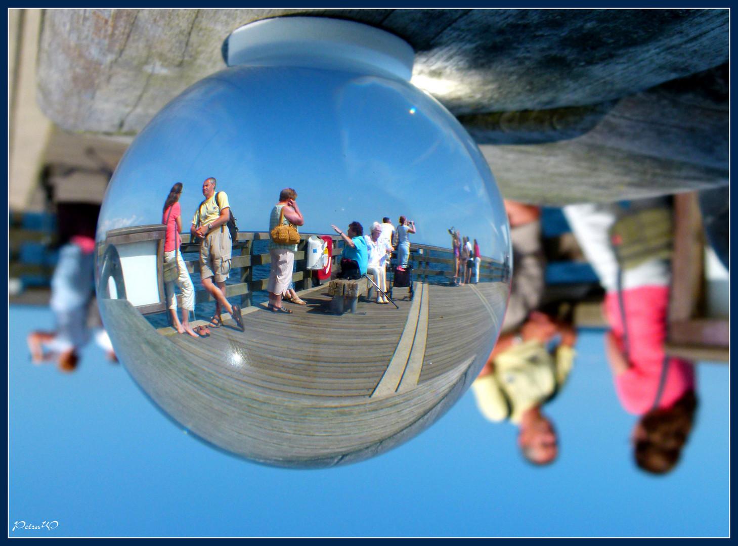 Strandleben in der Kugel