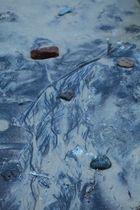 Strandmalerei in Blau, Strand von Międzyzdroje, Polen