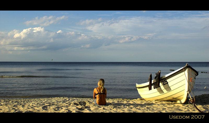 Strandschönheit in der Abendsonne