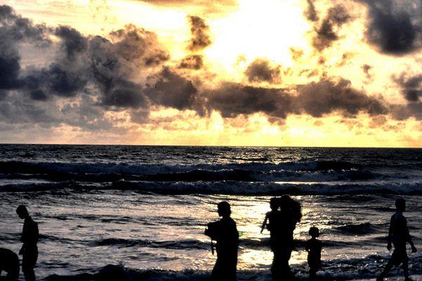 Strandspaziergänger in Sri Lanka!!!