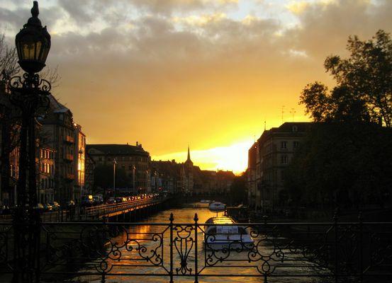 Strasbourg au soleil couchant