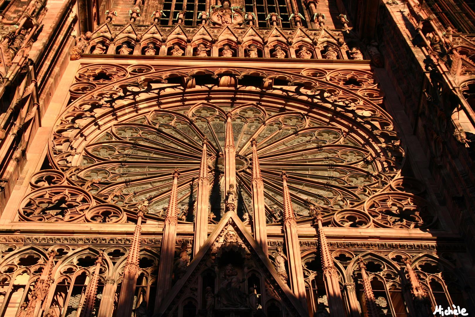 Straßburger Münster im Abendlicht