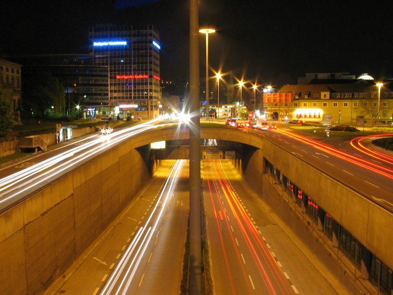 Strasse bei Nacht