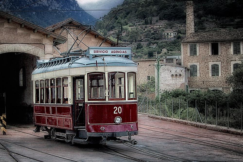 Straßenbahn ...