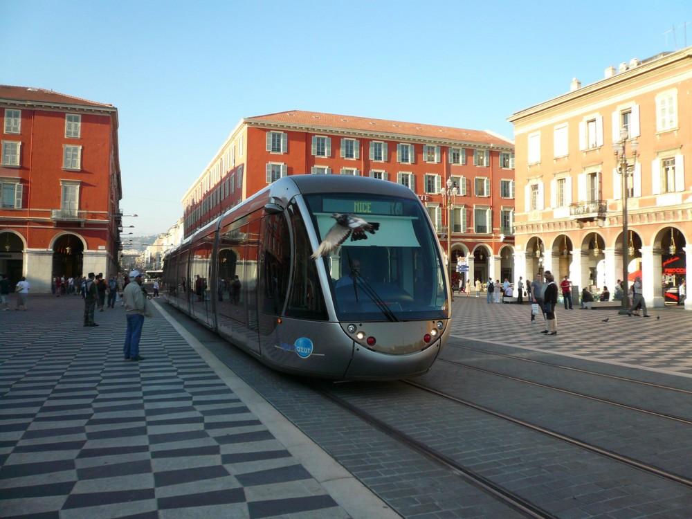 Strassenbahn in Nizza - tramway à Nice