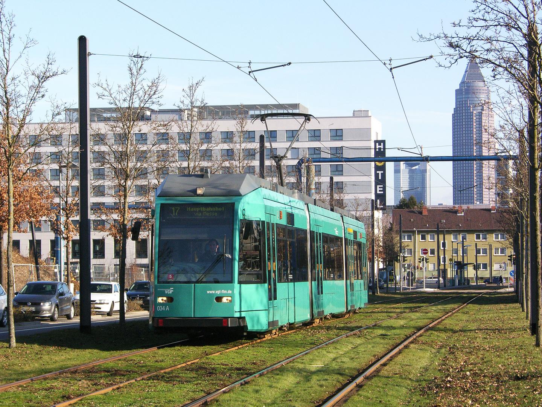 """Straßenbahn und """"Messebleistift"""""""