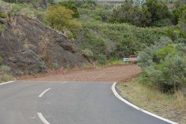 Straßenbau in Teneriffa... keine Schilder, keine Vorwarnung!