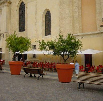 Straßencafe in Bordeaux