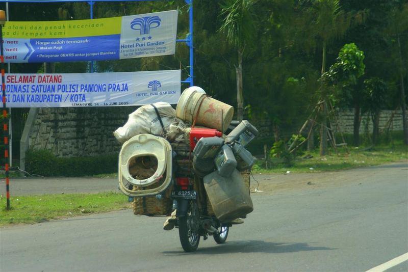 Straßenimpressionen aus Semarang, Java
