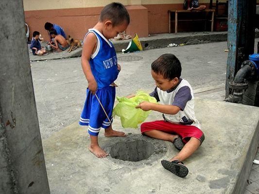 Strassenkinder von Manila