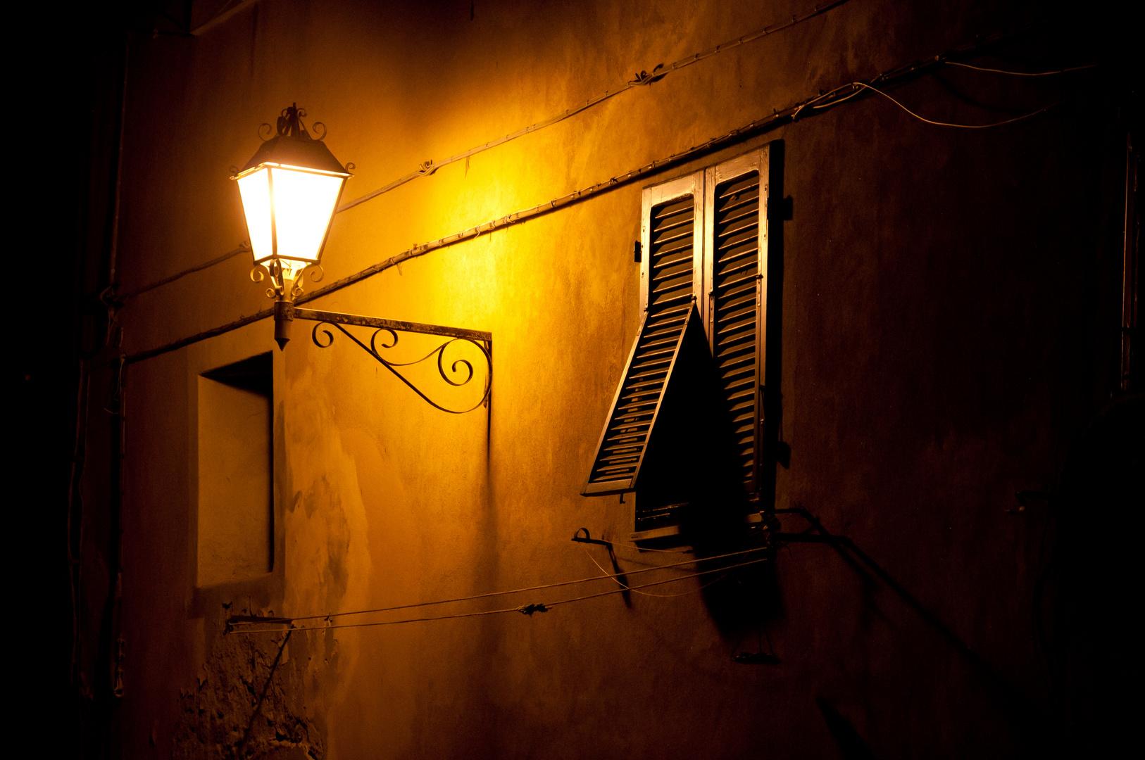 stra enlaterne foto bild lampen und leuchten. Black Bedroom Furniture Sets. Home Design Ideas