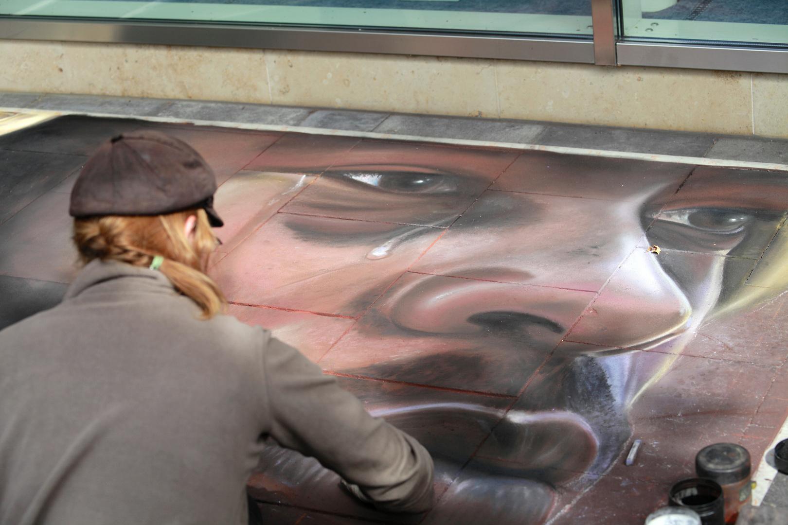 Straßenmalerin in Geldern