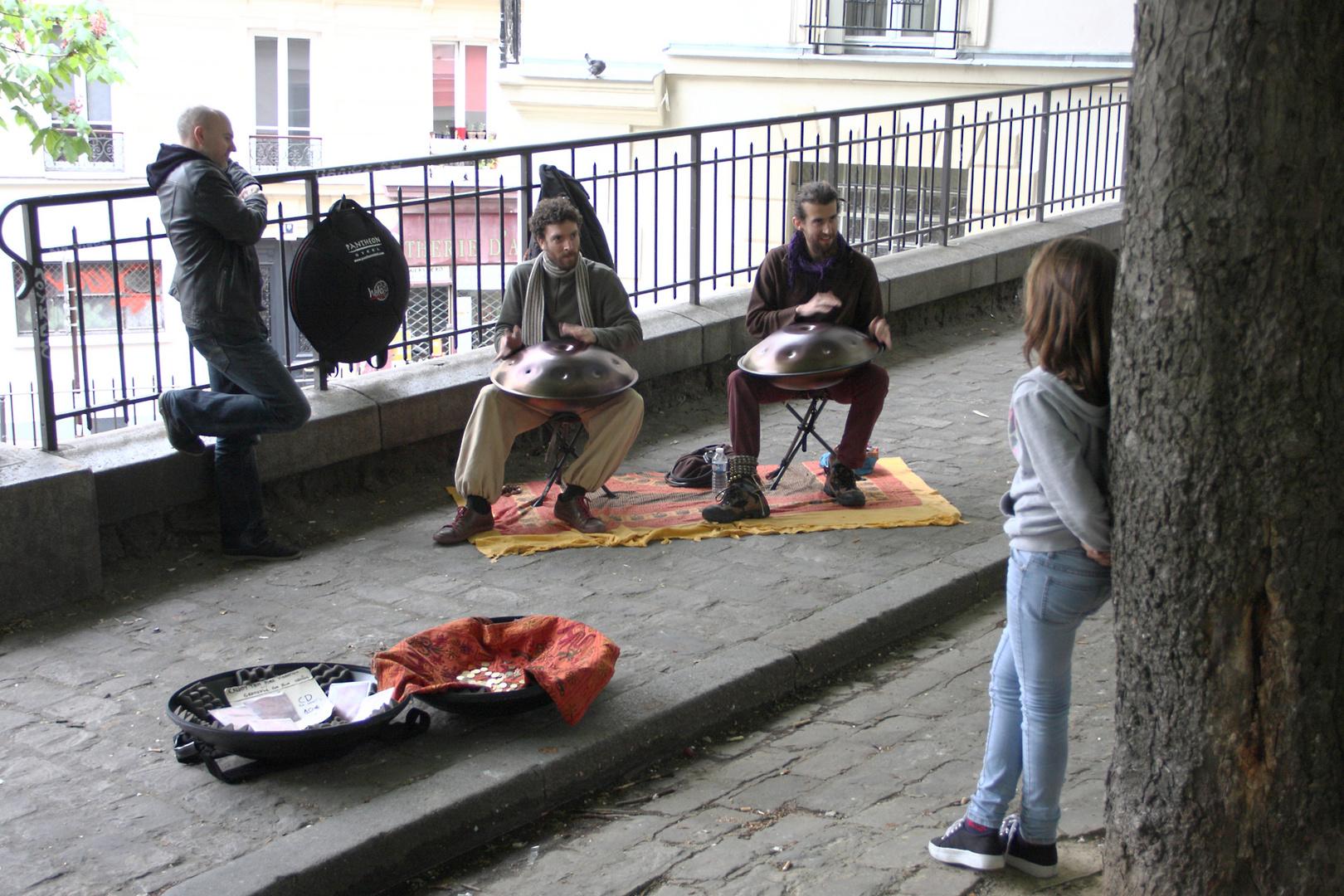 Straßenmusik am Montparnasse