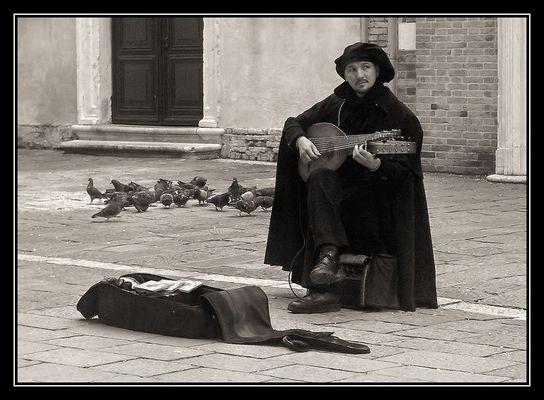 Straßenmusik zu lauschen bedeutet...