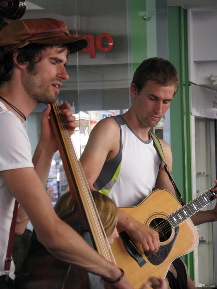 Straßenmusiker in Freiburg: >Philadephia
