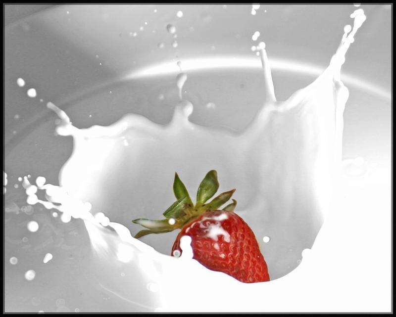 strawberry vs milk