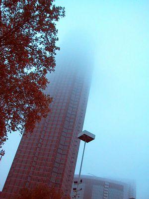 Strecken bis in den Nebel