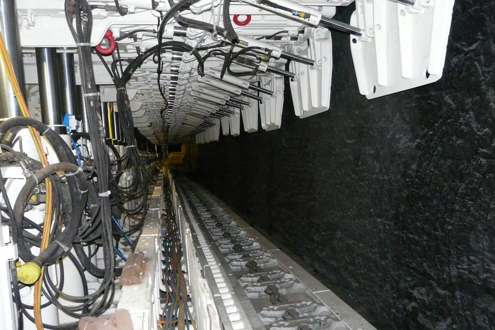 Streckenabstützung mit computergesteuerter moderner Hydraulik