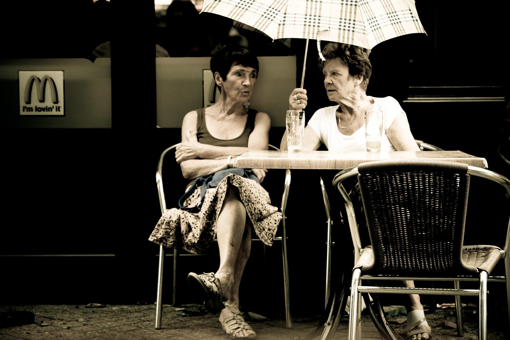 street (10) - drinking in the rain