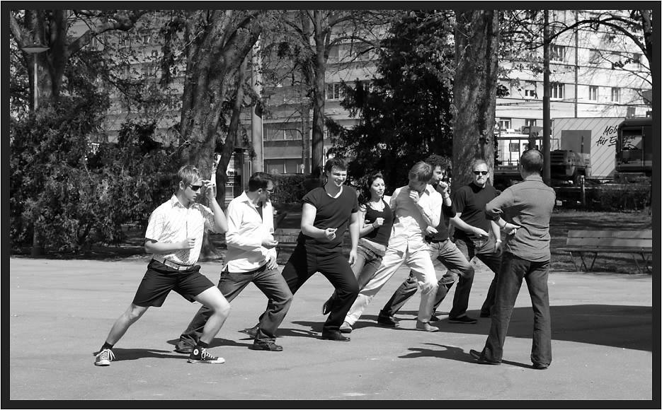 *STREET DANCING*