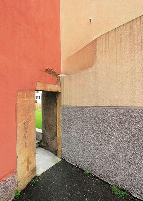 Street walls 04