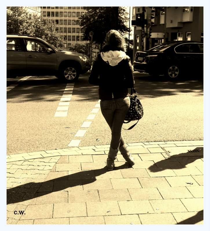 ...Street...>122