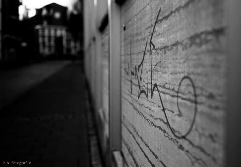 ...street...>396