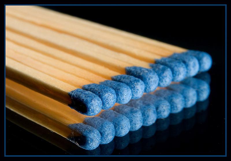 Streichhölzer Blau