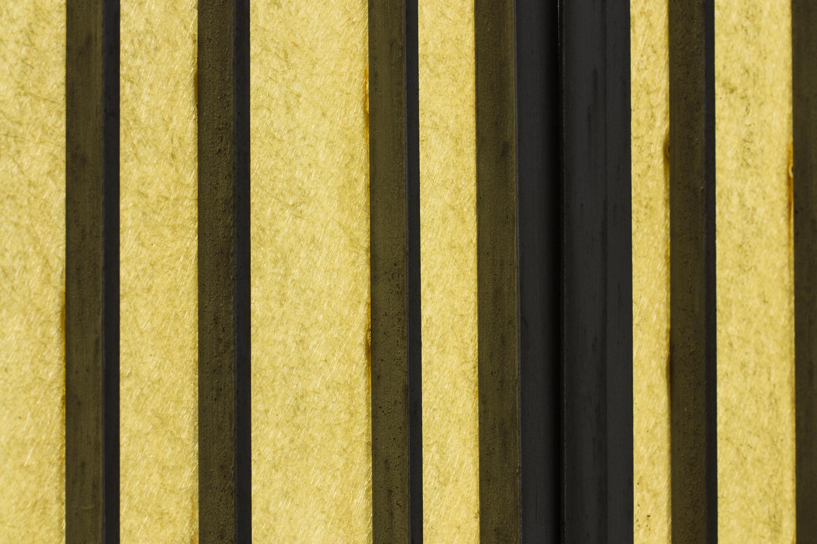 streifen auf gelb