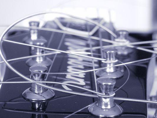 """""""strings circles"""""""