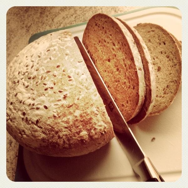 Stromausfall, dann steht man da und  muss das Brot mit der Hand schneiden ;)