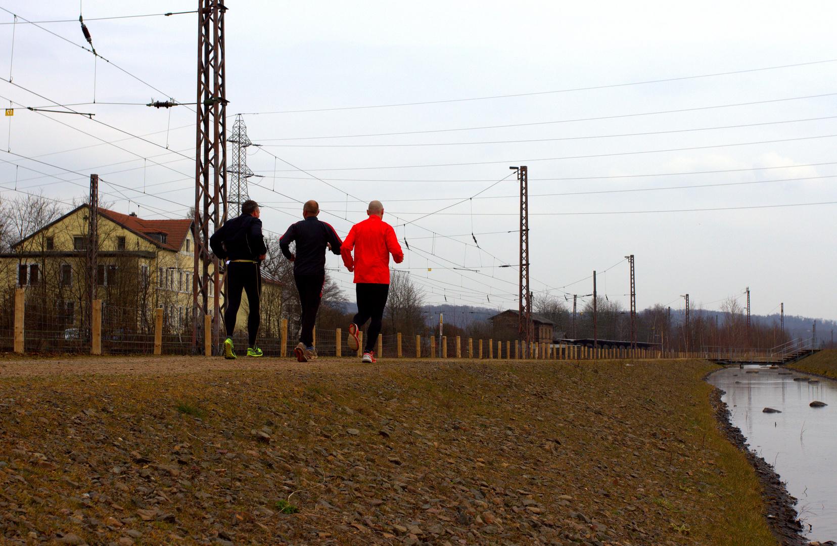 Strommasten-Lauf