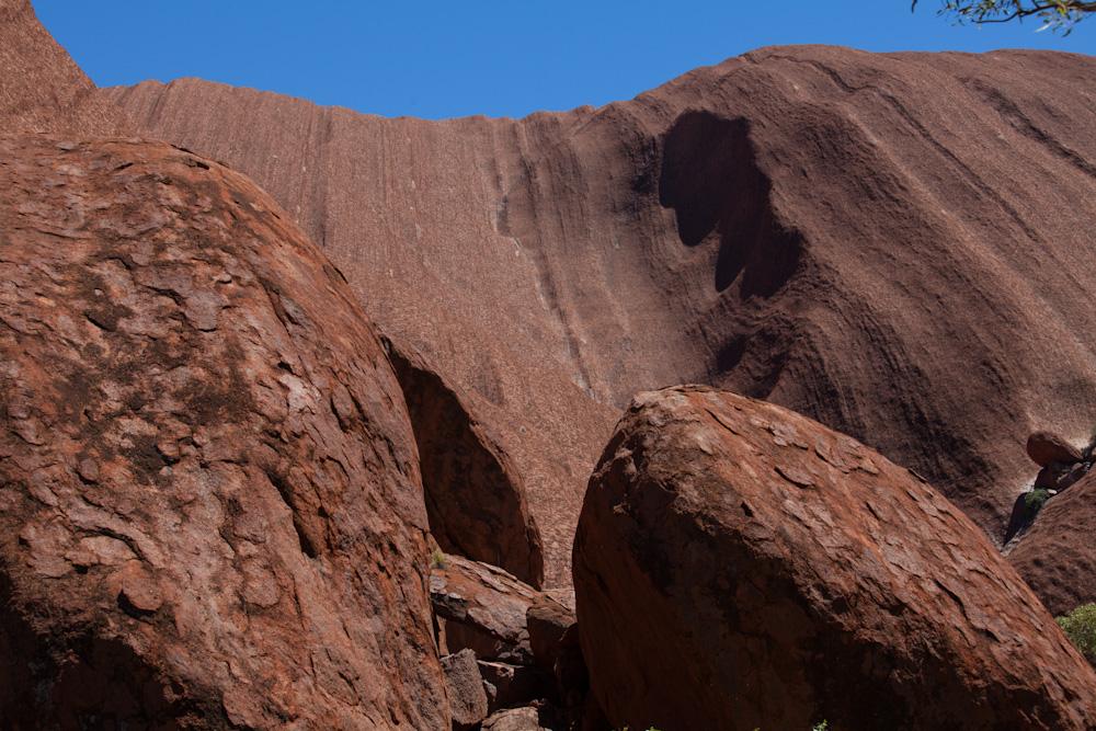 Strukturen am Uluru - die zweite