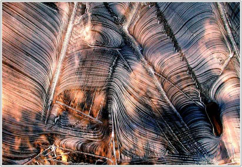 Strukturen im Eis