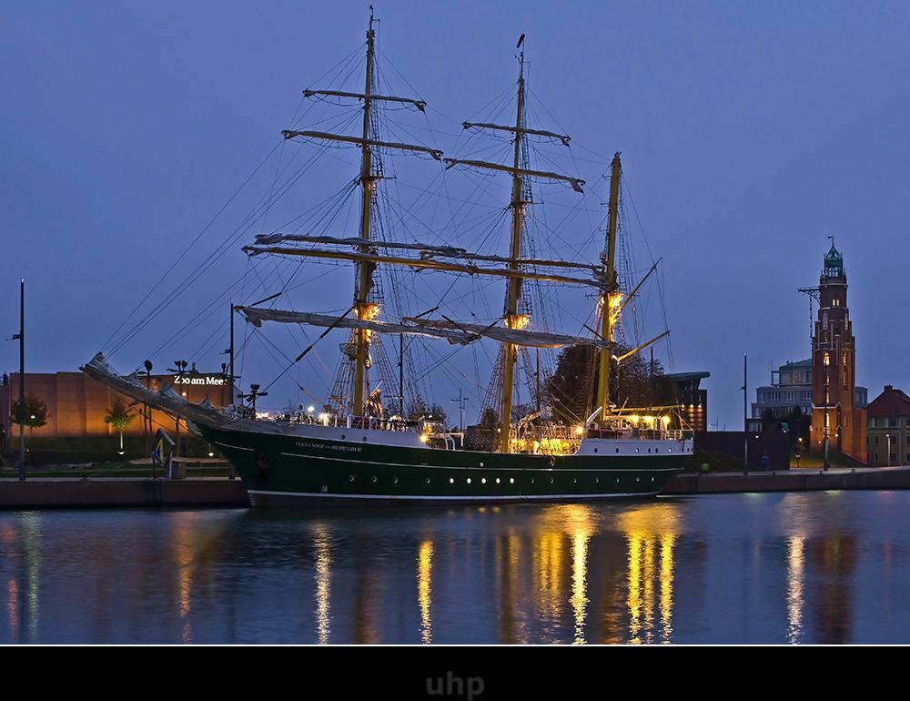 STS Alexander von Humboldt II
