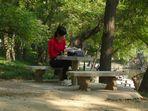 Studentin auf dem Campus der Anhui University in Hefei