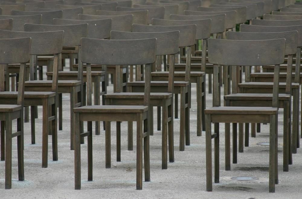 ....Stühle....